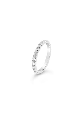 ROCK STUD RING
