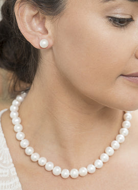 ROUND 9.5-10.5MM FRESHWATER PEARL 45cm STRAND