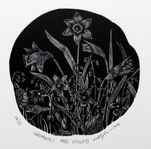 Load image into Gallery viewer, Molly Lemon Wood Engraving Daffodils