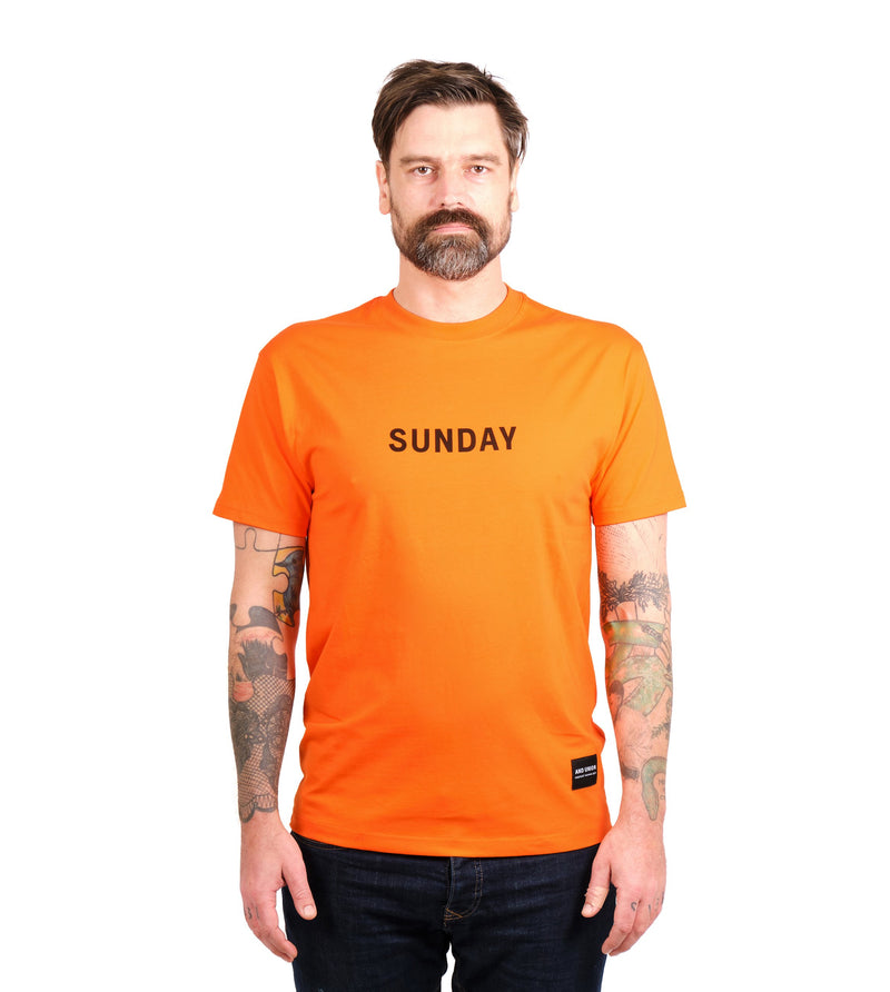 T-SHIRT SUNDAY