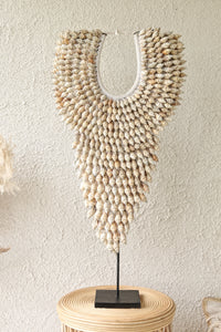 LARGE SPIRAL SHELL DECOR WITH STAND