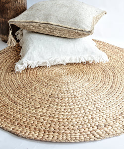 ROUND WOVEN NATURAL BANANA LEAF MAT