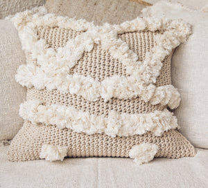 POM POM KNITTED MACRAME CUSHION COVER 50x50