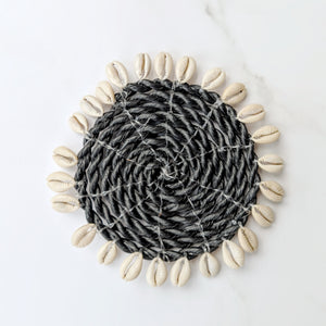 BLACK SEAGRASS AND SHELL COASTER SMALL