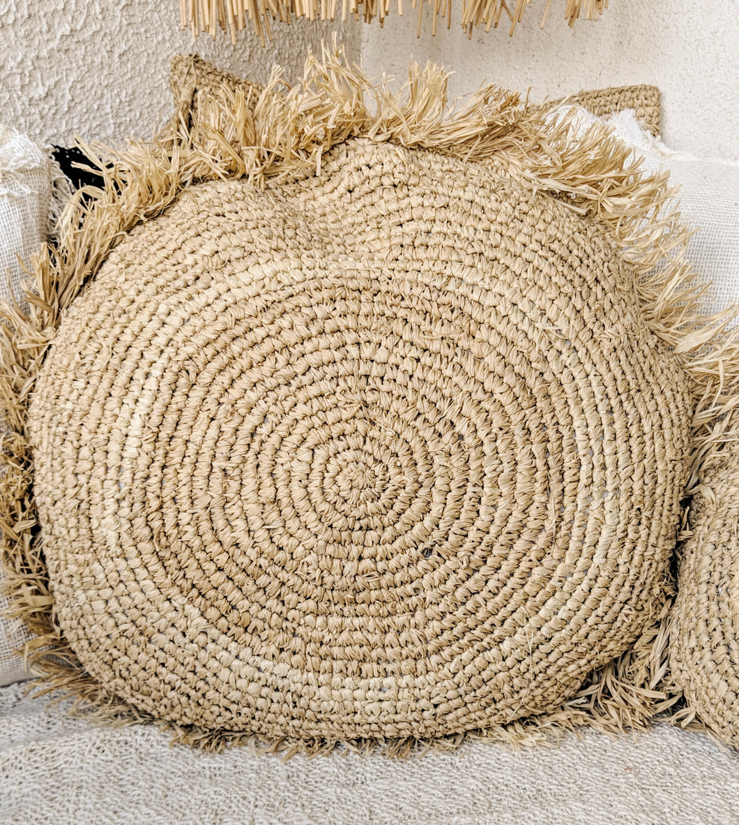 ROUND NATURAL RAFFIA CUSHION COVER