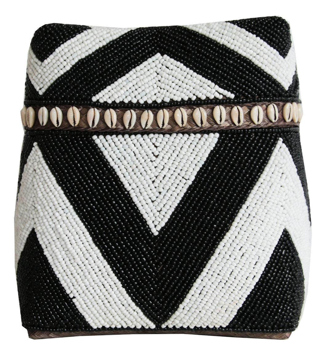 WHITE AND BLACK BEADED BOX WITH SHELLS Large