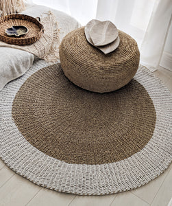 ROUND NATURAL AND WHITE WATER HYACINTH GRASS MAT