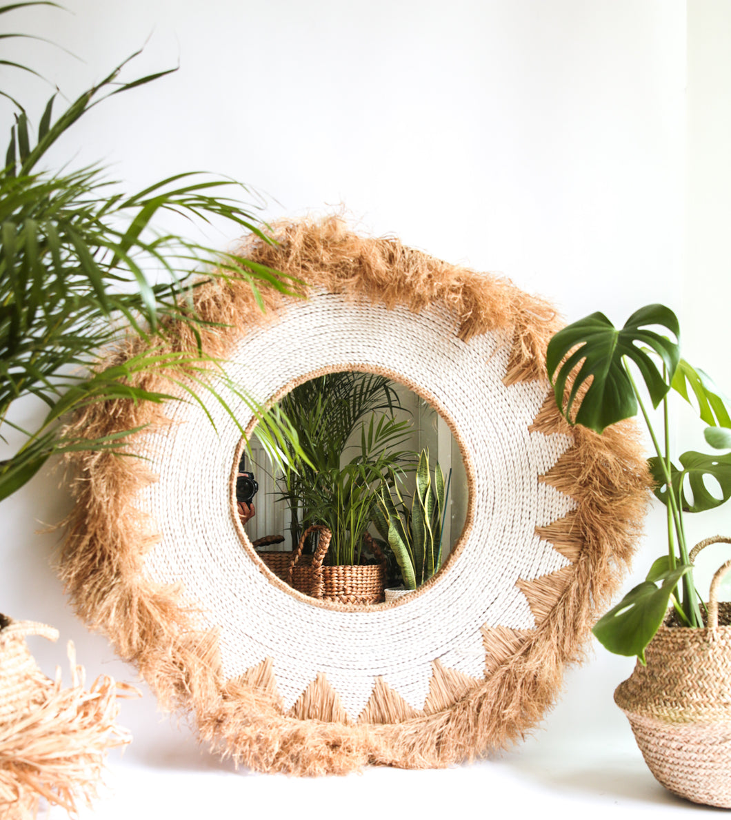 NATURAL RAFFIA WOVEN WHITE MIRROR