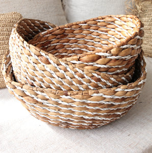 NATURAL BANANA LEAF BASKET SET OF 3