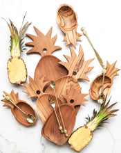 Load image into Gallery viewer, TEAK WOOD PINEAPPLE BOARD LARGE
