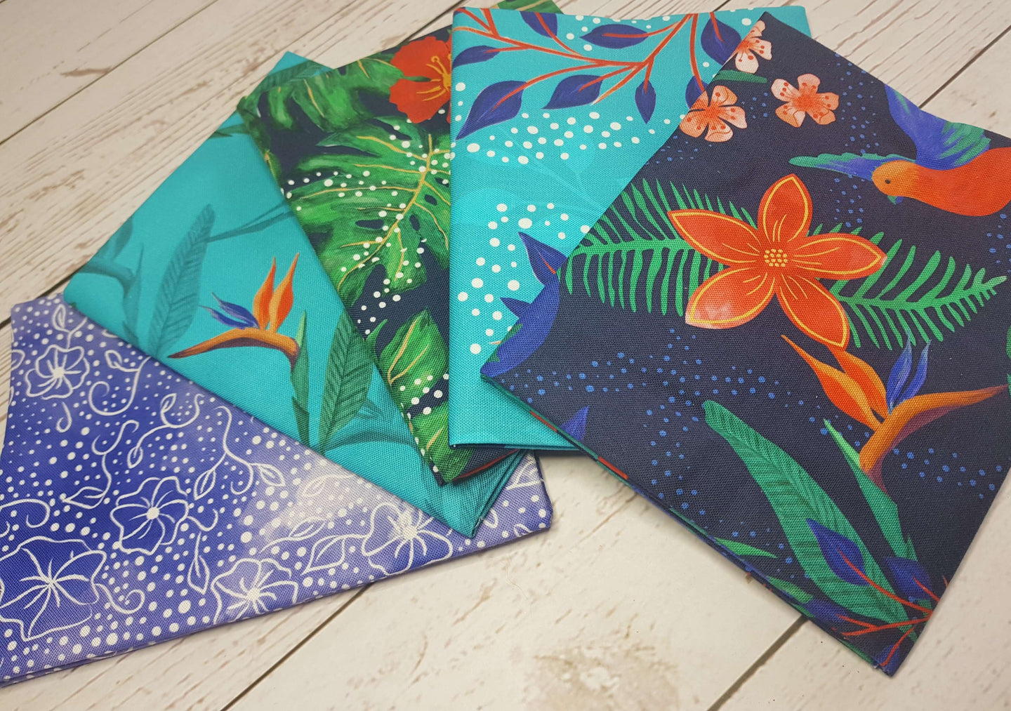 Birds of Paradise 5 x fat quarter bundle craft cotton quilting fabric. Tropical Navy blue and orange.