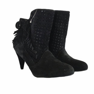 Primary Photo - BRAND: CHINESE LAUNDRY STYLE: BOOTS ANKLE COLOR: BLACK SIZE: 9.5 SKU: 283-28388-19107