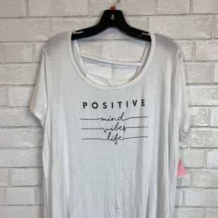 Primary Photo - BRAND: LIVI ACTIVE STYLE: TOP SHORT SLEEVE COLOR: WHITE SIZE: 2X SKU: 283-283149-2041