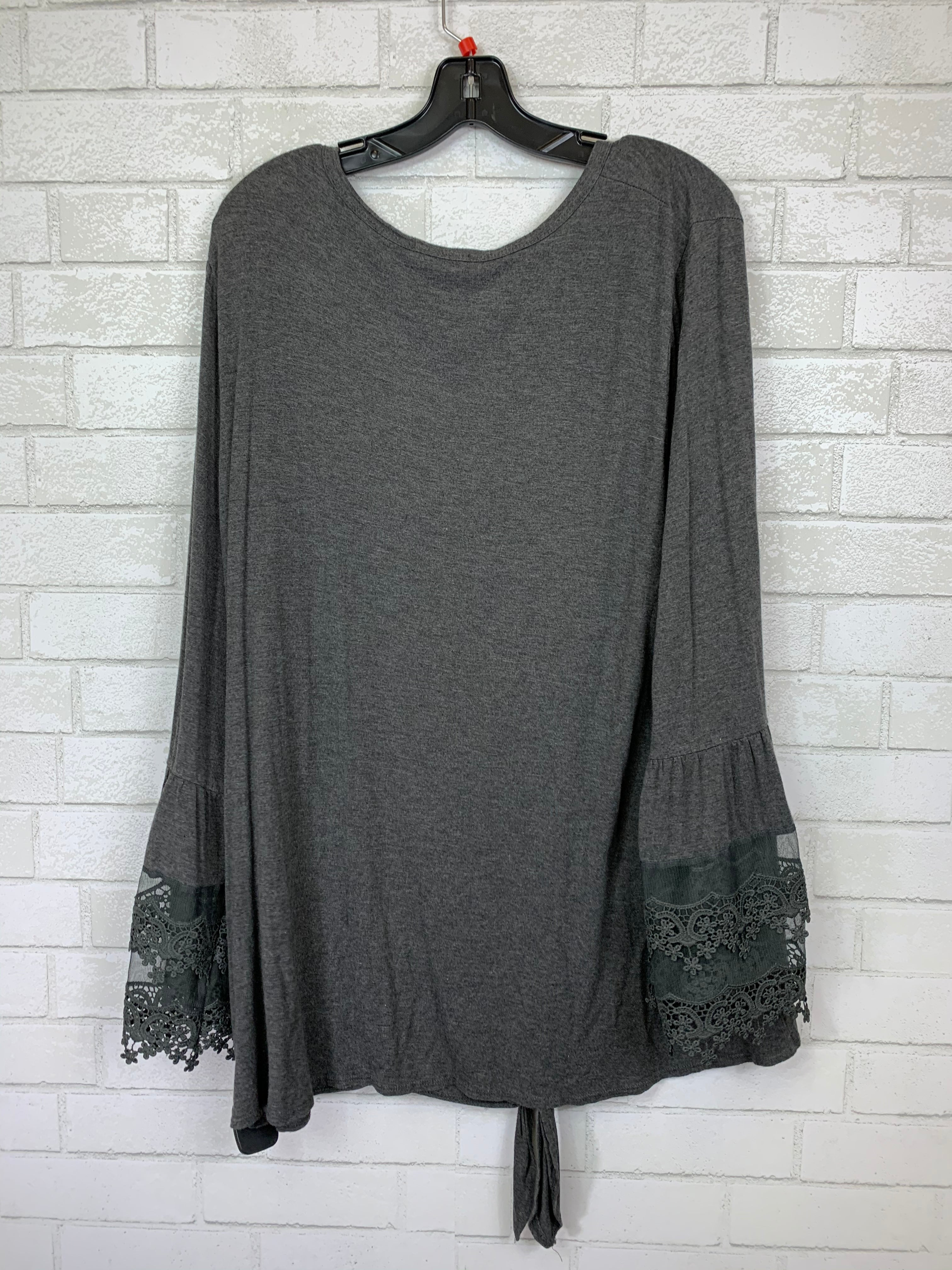 Photo #1 - BRAND: ODDI <BR>STYLE: TOP LONG SLEEVE <BR>COLOR: GREY <BR>SIZE: 3X <BR>SKU: 283-283133-14492