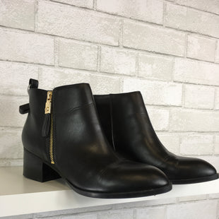 Primary Photo - BRAND: TOMMY HILFIGER STYLE: BOOTS ANKLE COLOR: BLACK SIZE: 10 SKU: 283-283134-8397