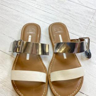 Primary Photo - BRAND: NEW DIRECTIONS STYLE: SANDALS FLAT COLOR: WHITE SIZE: 8.5 OTHER INFO: AS IS SKU: 283-283135-158