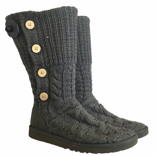 Primary Photo - BRAND: UGG STYLE: BOOTS DESIGNER COLOR: GREY SIZE: 9 OTHER INFO: AS IS SKU: 283-283133-17048