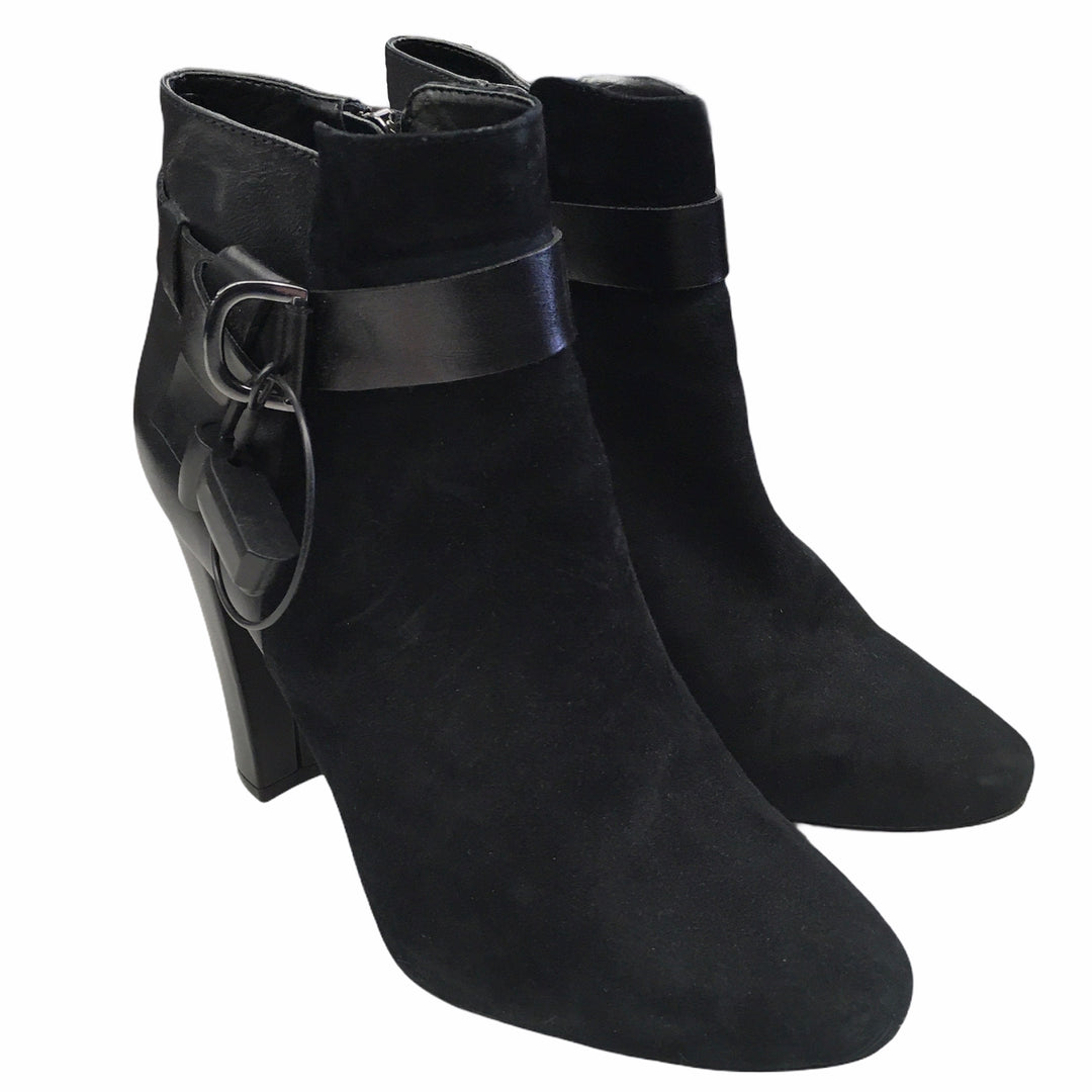Primary Photo - BRAND: WHITE HOUSE BLACK MARKET <BR>STYLE: BOOTS ANKLE <BR>COLOR: BLACK <BR>SIZE: 7.5 <BR>SKU: 283-283149-7582