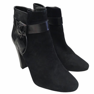 Primary Photo - BRAND: WHITE HOUSE BLACK MARKET STYLE: BOOTS ANKLE COLOR: BLACK SIZE: 7.5 SKU: 283-283149-7582