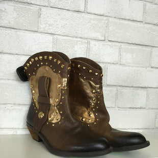 Primary Photo - BRAND: VINCE CAMUTO STYLE: BOOTS ANKLE COLOR: BROWN SIZE: 7 OTHER INFO: AS IS SKU: 283-28388-14958