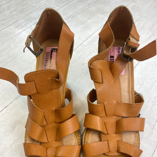 Primary Photo - BRAND: LANE BRYANT STYLE: SANDALS HIGH COLOR: TAN SIZE: 11 SKU: 283-283145-529