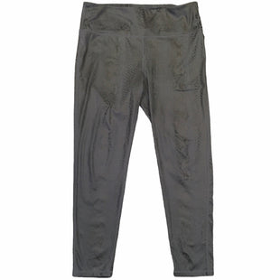 Primary Photo - BRAND: MONO B STYLE: ATHLETIC CAPRIS COLOR: GREY SIZE: 1X SKU: 283-283134-10309