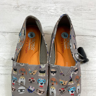 Primary Photo - BRAND: BOBS STYLE: SHOES FLATS COLOR: GREY SIZE: 6 OTHER INFO: AS IS SKU: 283-283104-8814
