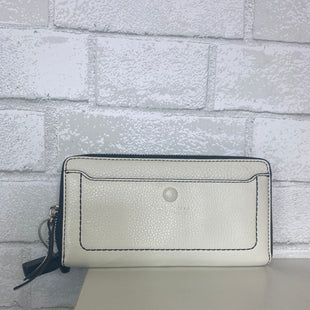 Primary Photo - BRAND: MARC JACOBS STYLE: WALLET COLOR: CREAM SIZE: MEDIUM OTHER INFO: AS IS SKU: 283-283133-14541