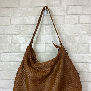 Primary Photo - BRAND:    CLOTHES MENTOR STYLE: HANDBAG DESIGNER COLOR: BROWN SIZE: LARGE OTHER INFO: PLATANIA - SKU: 283-283133-14520