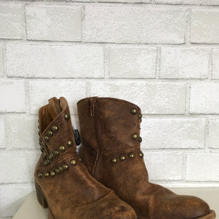 Primary Photo - BRAND: COCONUTS STYLE: BOOTS ANKLE COLOR: BROWN SIZE: 7.5 SKU: 283-283149-4650