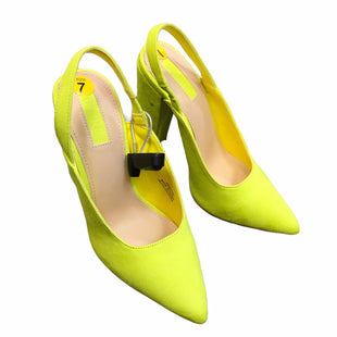 Primary Photo - BRAND: FOREVER 21STYLE: SHOES LOW HEEL COLOR: YELLOW SIZE: 7 SKU: 283-283149-5825