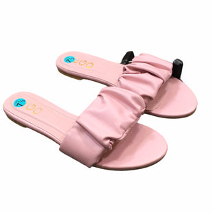 Primary Photo - BRAND:    EGOSTYLE: SANDALS FLAT COLOR: PINK SIZE: 7.5SKU: 283-28388-27931