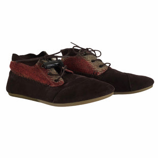 Shoes Low Heel By Toms  Size: 9.5 - BRAND: TOMS STYLE: SHOES LOW HEEL COLOR: BROWN SIZE: 9.5 OTHER INFO: AS IS SKU: 283-283135-3422