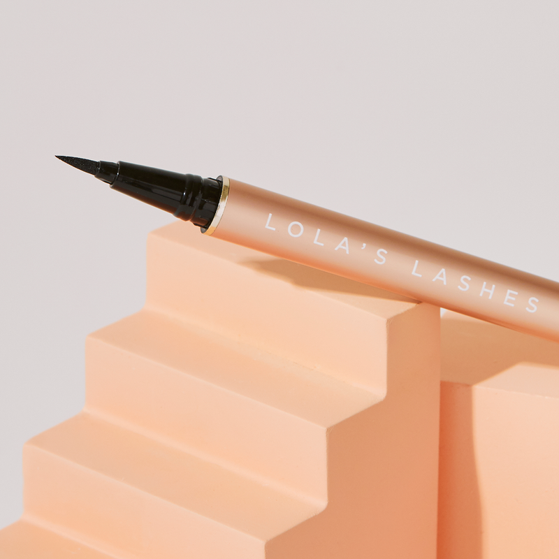 Flick and Stick Precision Adhesive Eyeliner Duo