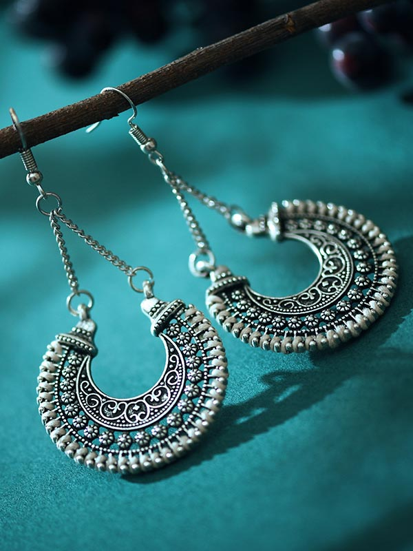 Women's Retro Ethnic Fan Shaped Threaded Long Earrings