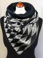 Load image into Gallery viewer, Rhombus Print Unisex Thick Triangle Scarf
