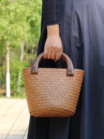 Load image into Gallery viewer, Ladies vintage hand-woven bucket bag