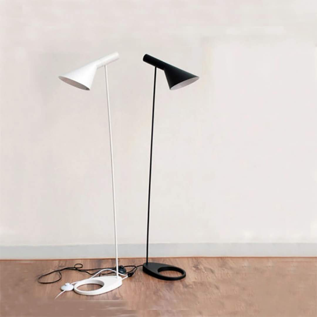 Arne Poulsen Metal Stand Lamp Simple Floor Lamp E27 Black/White Lampara De Pie Floor Lights for Living Room Country House Bar