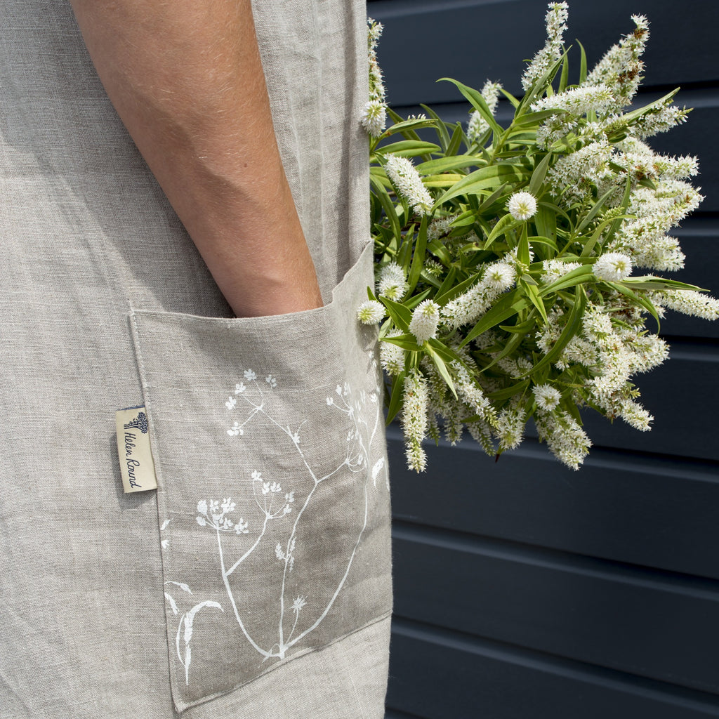 linen apron with printed pocket hedgerow