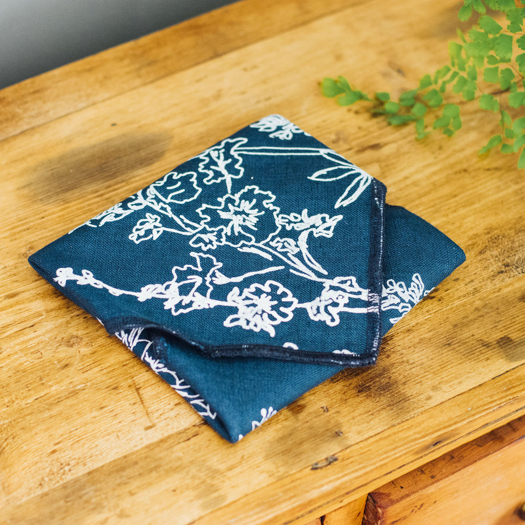 reusable-sandwich-wrap-navy-blue