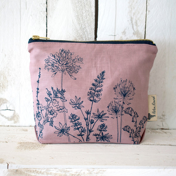Linen make up bag from the garden collection in the colour dusky pink