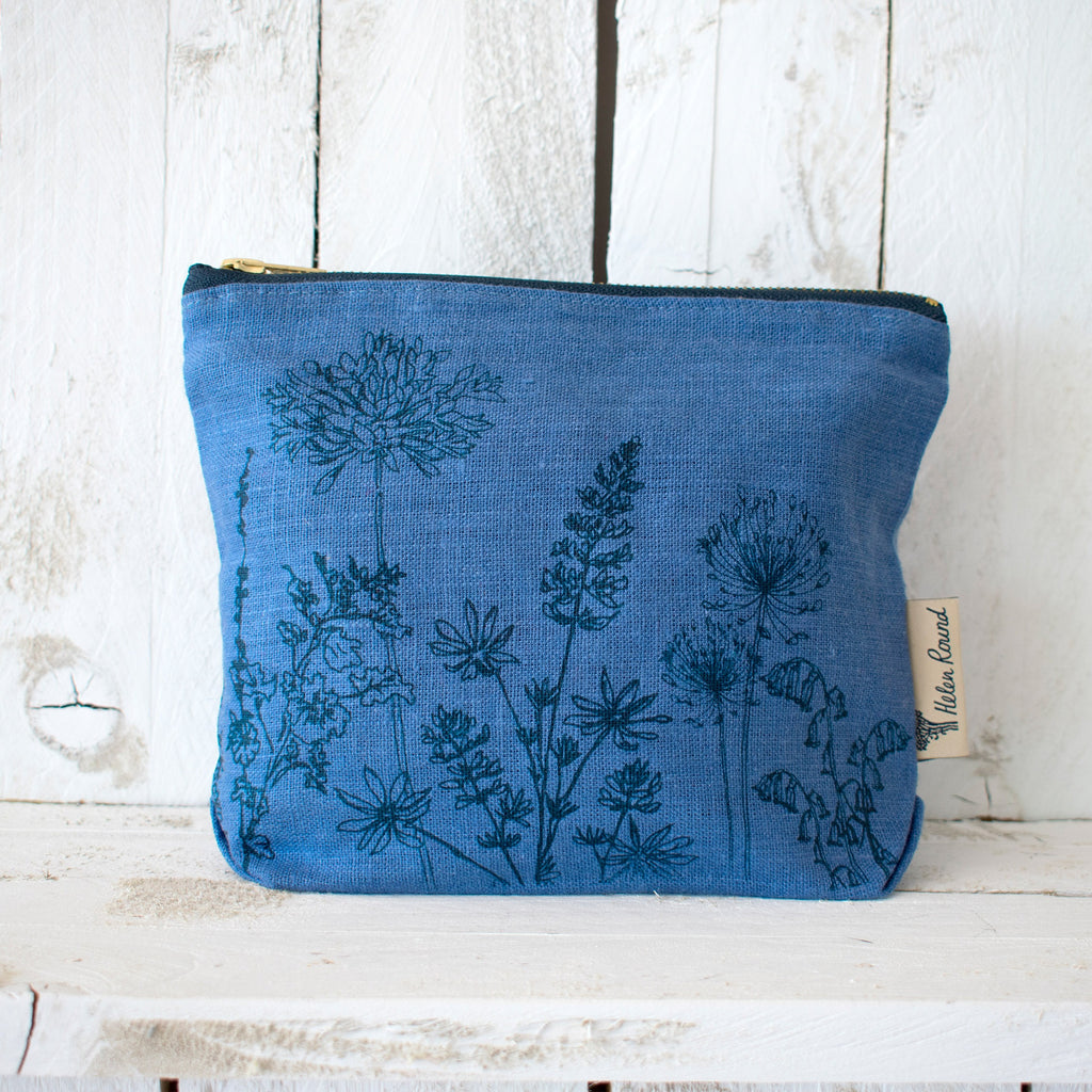 Linen make up bag from the garden collection in the colour indigo blue