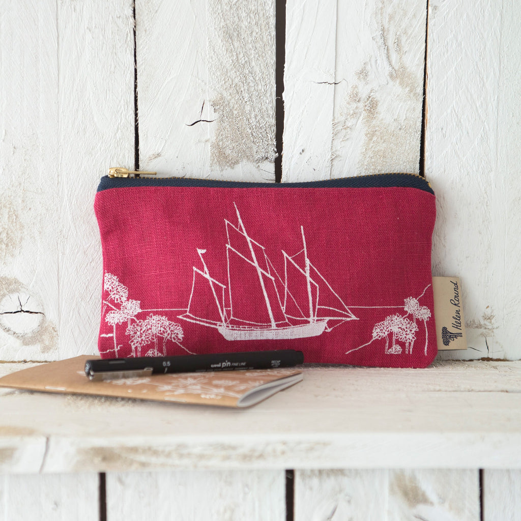 Linen pencil case in natural from the coastal collection