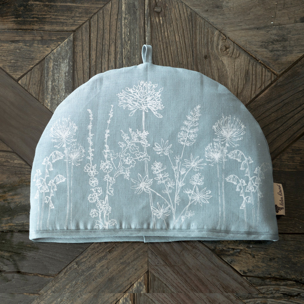 Garden collection linen tea cosy in hollyhock