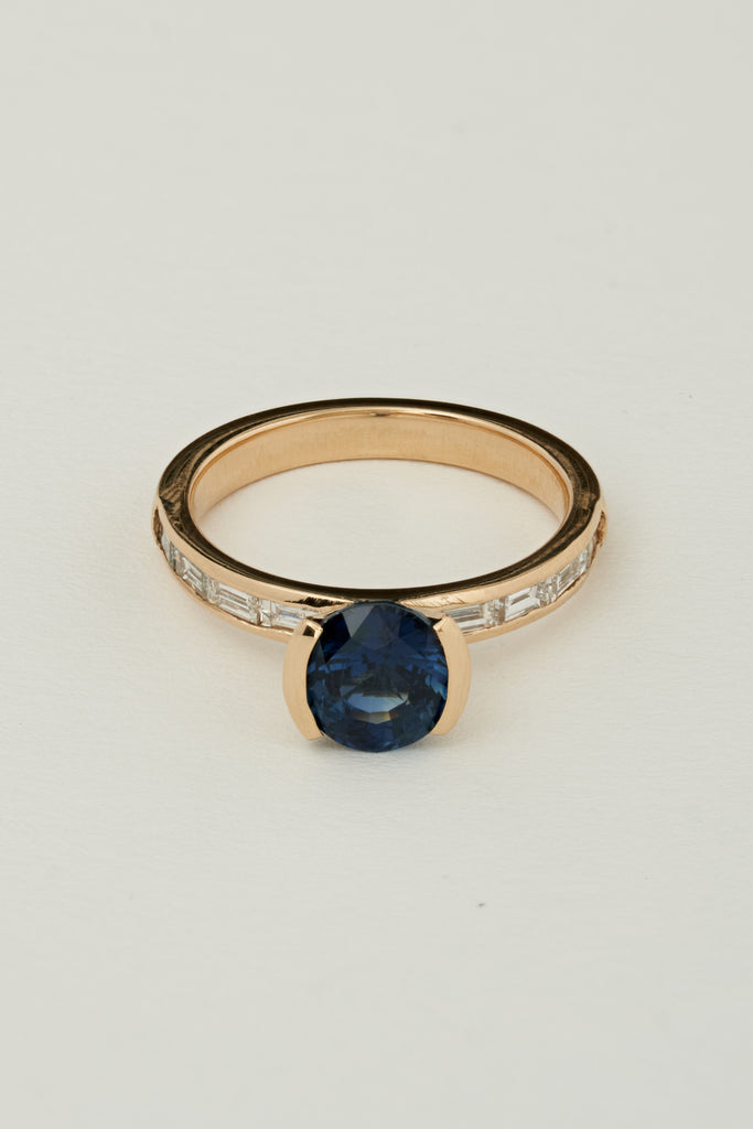 BLUE SAPPHIRE EAST WEST RING