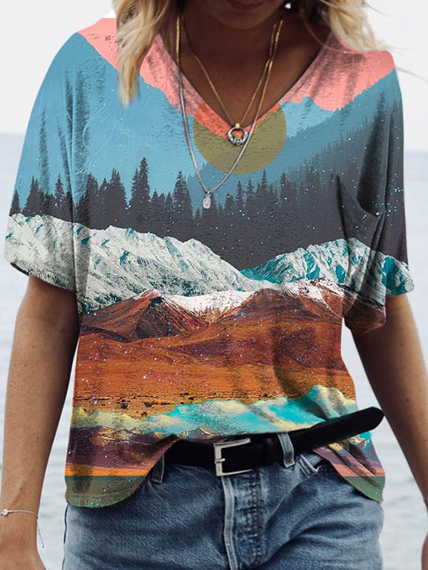 Loose V-neck mountains and sunset print T-shirt