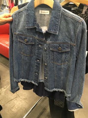 laura of pembroke blog buying trip new york city jean jacket denim jacket