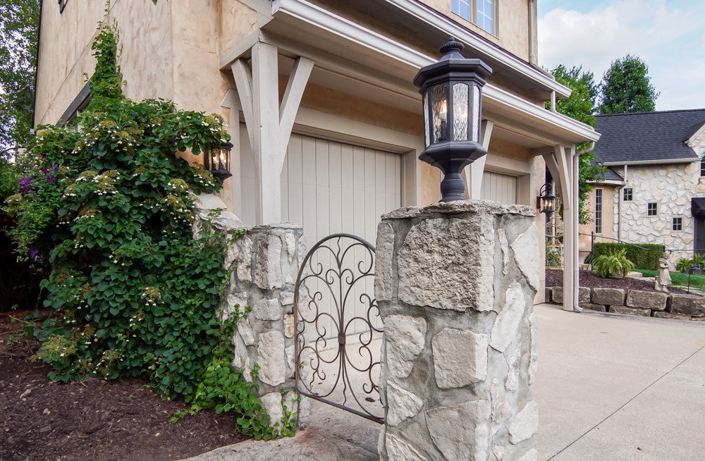 Laura of Pembroke Exterior Lighting: Post Mount