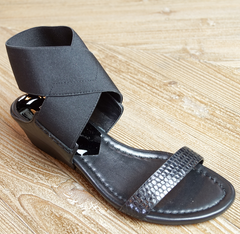 flat balck sandal laura of pembroke party season is here