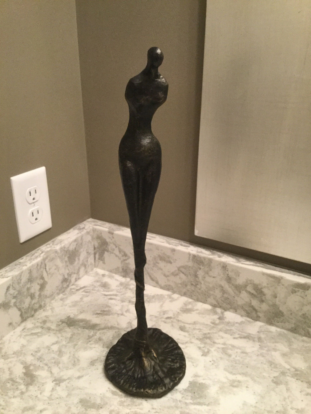 Sculpture, Home Accessories, Laura of Pembroke
